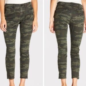 Sanctuary Camo Skinny Jeans Zipper Ankle Pants